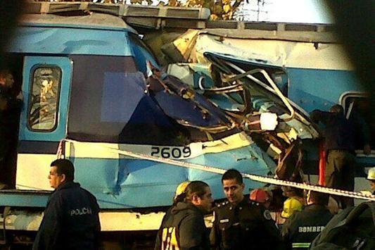Photo of Choque de trenes en Castelar: ¿Accidente o complot?