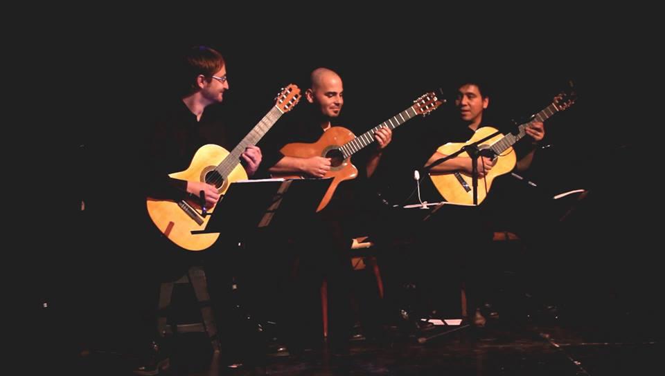 "Photo of Ramos Mejía:Grupo musical ""Piaste Tango"""