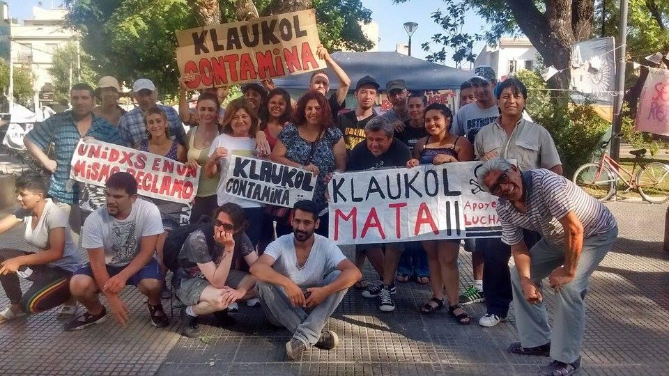 Photo of Contra Klaukol: se levantó el acampe frente al municipio pero continua en Virrey del Pino