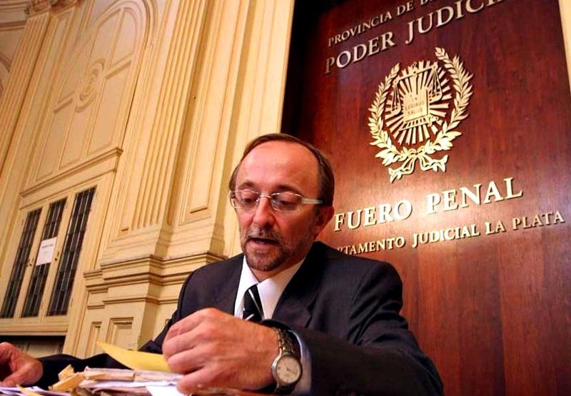 Photo of El Fiscal Cartasegna en caída libre