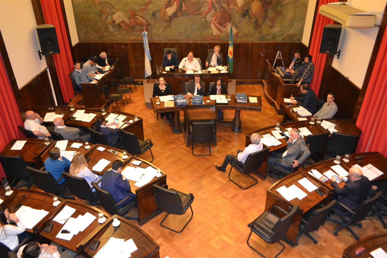 """Photo of Convenio que contempla el Programa """"Al Fin en Casa"""""""