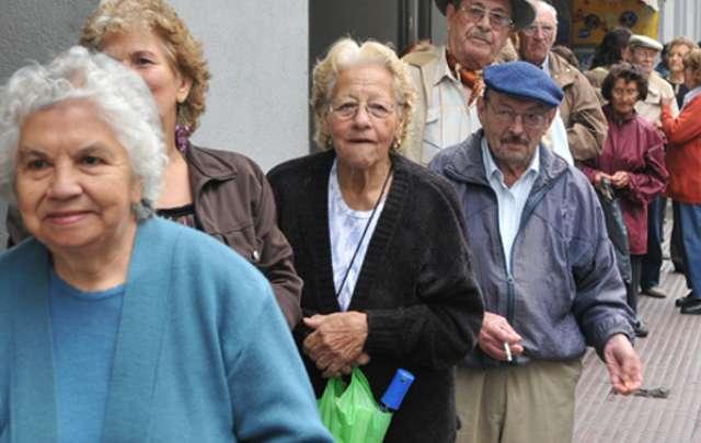 Photo of Las jubilaciones pierden contra la inflación