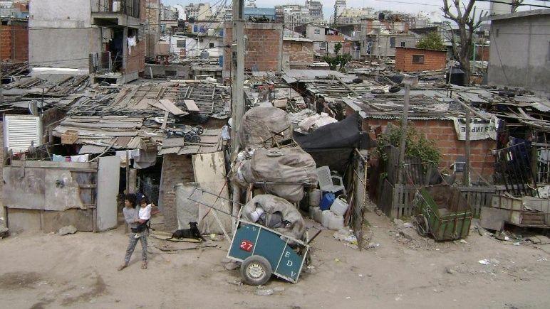Photo of Indec: Pobreza en Argentina