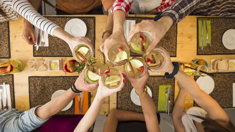 Photo of Día del Amigo: festejarán 1,7 millones de personas y gastaran $476 millones