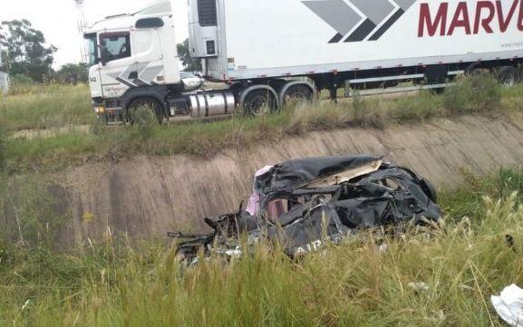 Se mató un matrimonio platense en un accidente en Entre Ríos y sus hijas están internadas