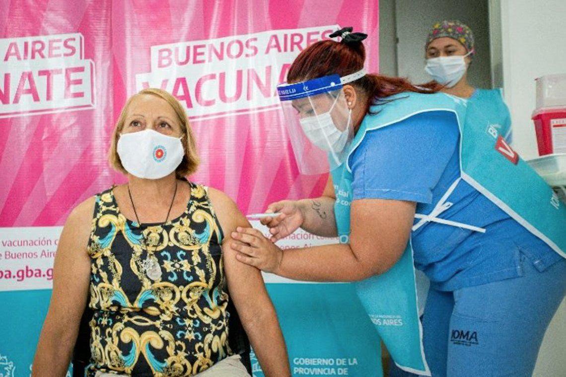 Vacunación en Provincia: Morón a la cabeza, Merlo último