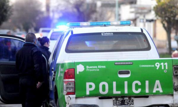 La Plata: dos detenidos por agredir a policías frente a un hospital